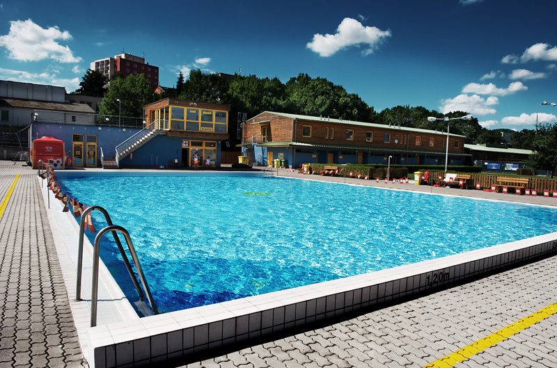 Foto pětadvacetimetrového bazénu